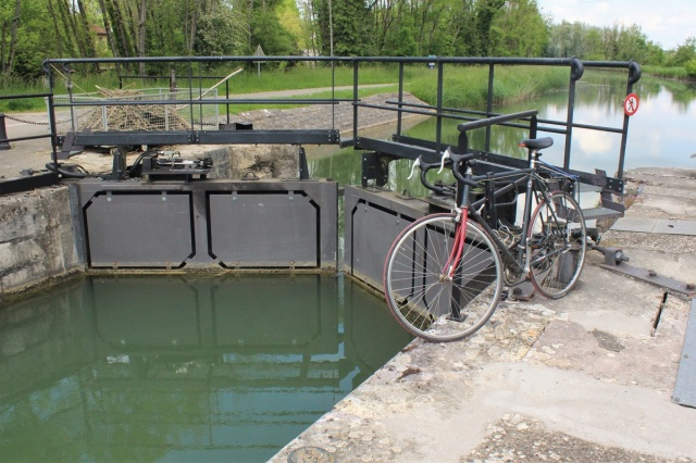 12 - Radeln am Kanal