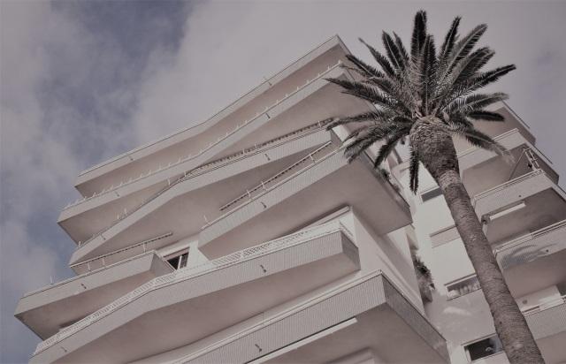 11-hotel